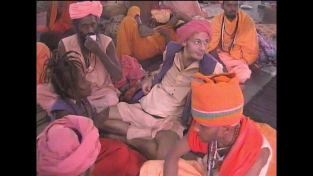 W wielu indyjskich Ashramach na Sadhu czekał czilum, chai oraz chapati.
